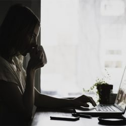 5 Easy Adjustment You Need To Do If You Sit At The Computer All The Day